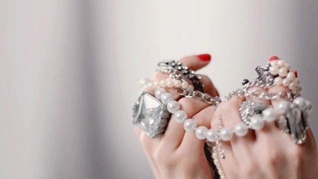 Essie Salon Gel Couture