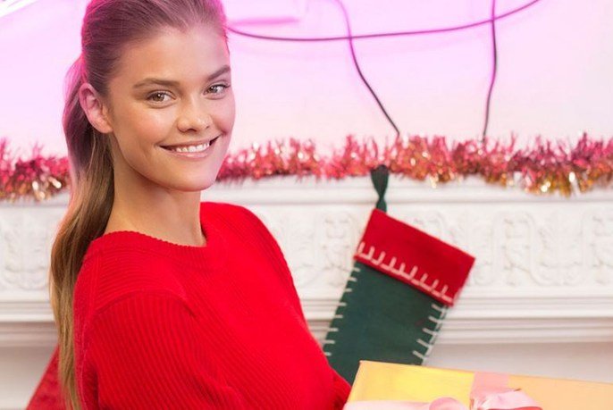 michael kors - holiday gifting w nina agdal